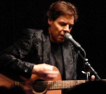 Kasim Sulton solo gig at Akron Civic Center, Akron, OH